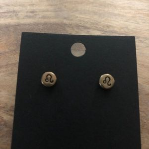 Jewelry - Capricorn Stud Earrings 💕 3 for $15 💕